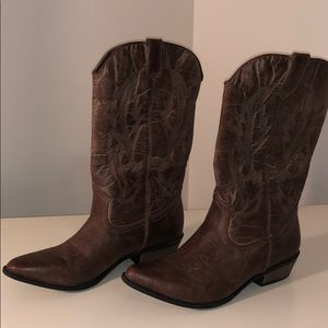 Coconuts by Matisse Gaucho Brown Boots Size 9.5